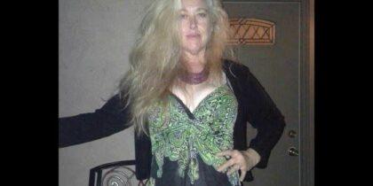 Drew Barrymore Half-Sister Found Dead in Car Drew Barrymore Half-Sister Found Dead in Car