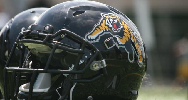 Tiger-Cats Defensive Lineman Adrian Robinson dies