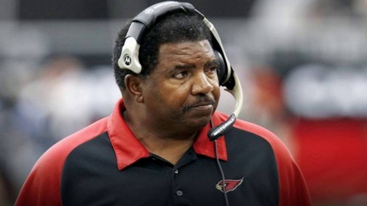 Ex Vikings And Cardinals Coach - Dennis Green Dies at 67 58