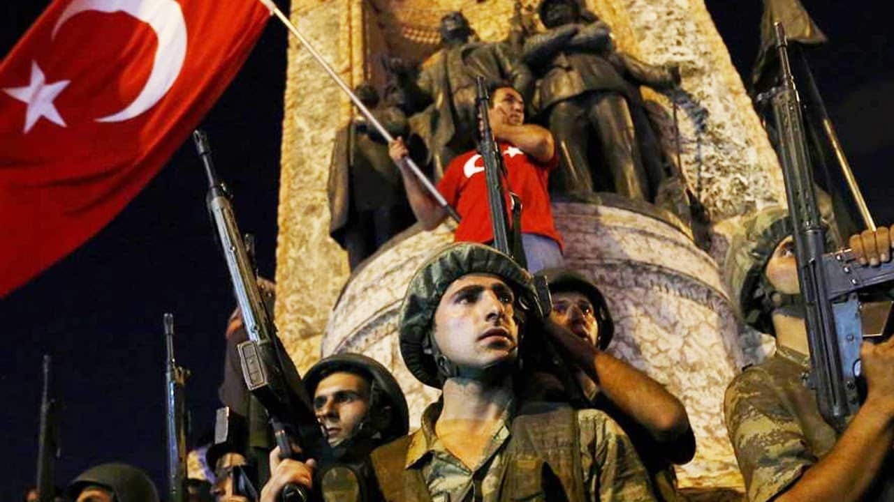 BREAKING: Turkish Military Attempted Coup To Overthrow Government 6