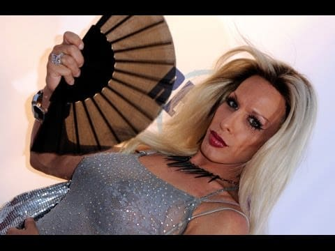 UPDATE !!! Alexis Arquette Dead - Transgender Actress Dies at 47 24