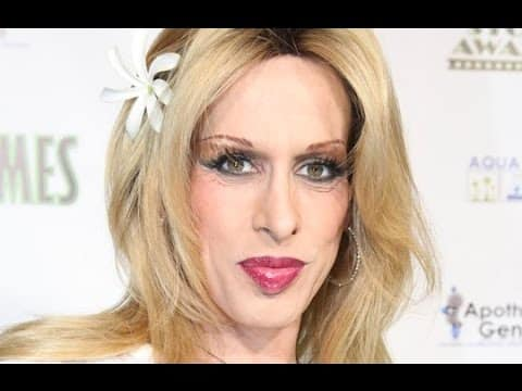 NEWEST-Actress Alexis Arquette,sister of David and Patricia,has died-No cause of death was specified 9
