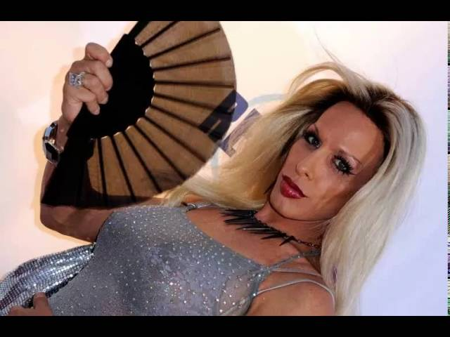 Alexis Arquette - transgender actress alexis arquette dies at 47 21