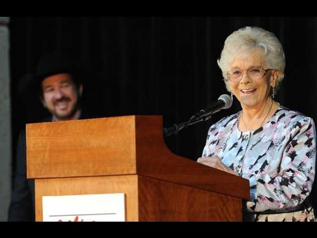 Jean Shepard, Country Music Hall of Fame singer, dies 18