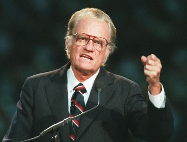 Television Evangelist Billy Graham Dead At 99 12