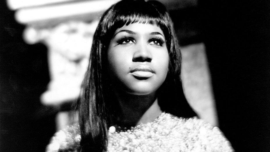Legendary Soul Singer Aretha Franklin Died at 76
