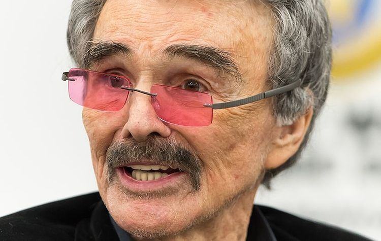 Actor Burt Reynolds Who's Acting Career That Span Over Many Years Dead at 82 5