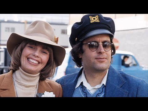 Captain & Tennille's Daryl Dragon, 76, Dies With Ex-Wife Toni By His Side - News Today 3