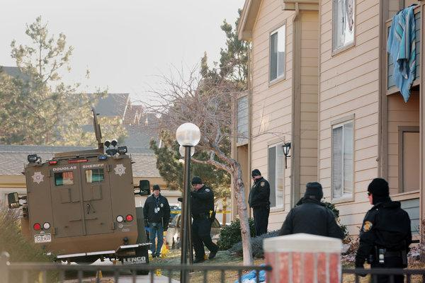 5 victims dead in Aurora shooting Gunman Shooting and 5 officers-wounded