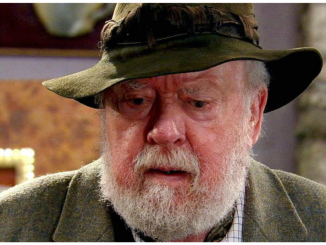 Freddie Jones, best known as Sandy Thomas in the Soap, Emmerdale star, dead at age 91 after a short illness 3