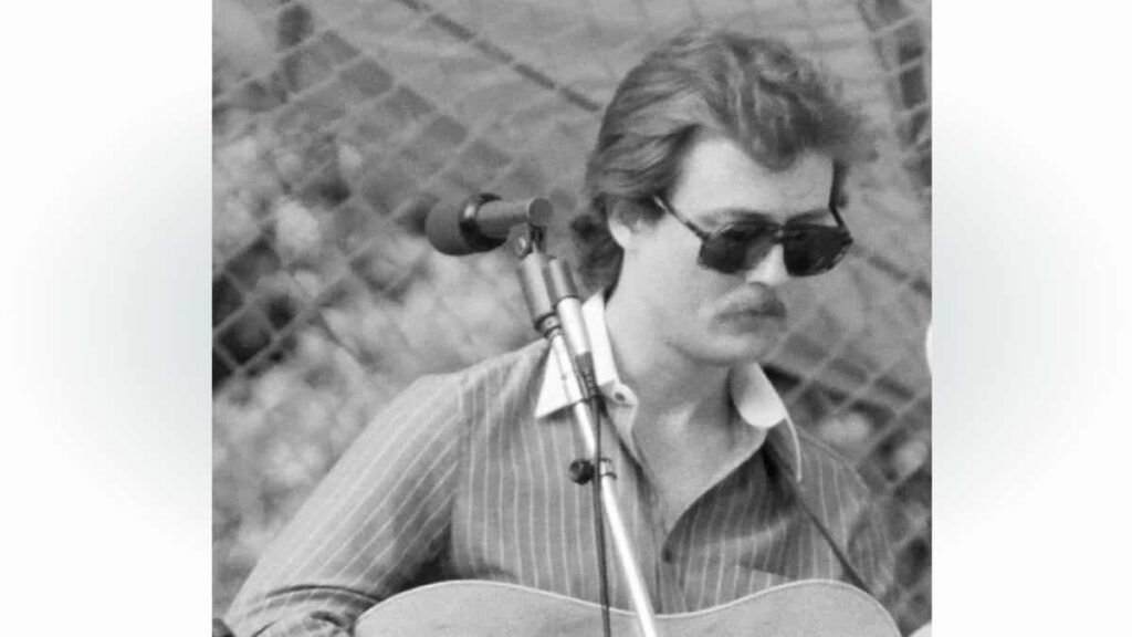 Tony Rice Dies; Influential Flatpicking Bluegrass Giant Was 69